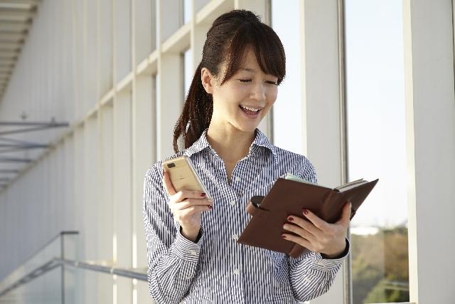 手帳のケース☆ブランド物で人気があってオシャレなものは?