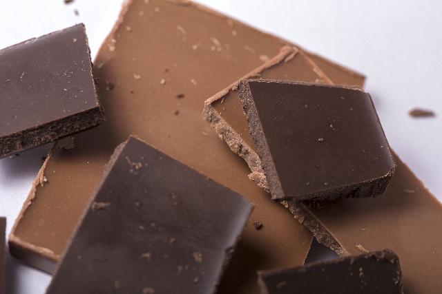 板チョコってカロリーは種類によって違いがあるものなのでしょうか?