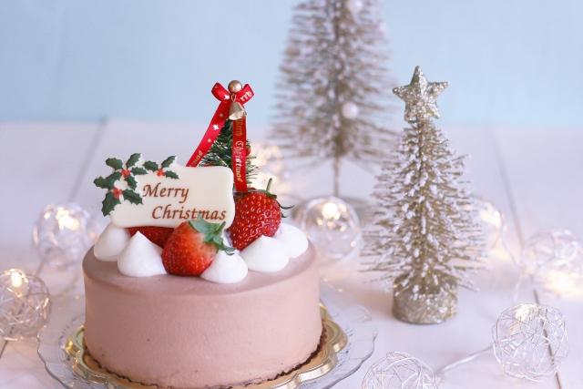 クリスマスに一人でケーキを楽しむ方法は?どんな商品がある?