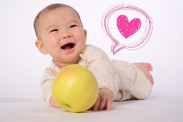 りんごは赤ちゃんにアレルギーを起こす可能性はある?安全性は?